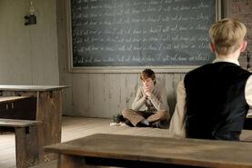 Anne und Cole in der Klasse