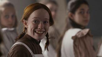 Anne glücklich über Lehrerin