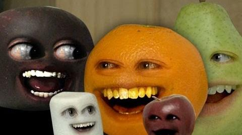 Annoying Orange Theme Song Attack!