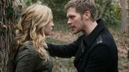 The-vampire-diaries-boss-may-have-just-made-our-klaus-caroline-dreams-come-true