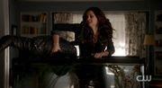 Katherine dunks Damon 4x18