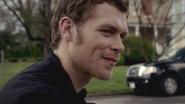 Joseph Morgan as Klaus on The Vampire Diaries S03E21 Before Sunset 5