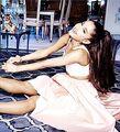 'Ari' by Ariana Grande - Debut Fragrance(5)