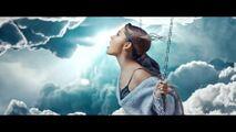 Ariana Grande - Breathin - Screencaps (133)