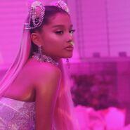 Ariana Grande - 7 Rings - Behind the scenes (20)