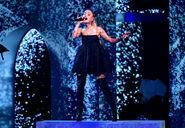 Ariana Grande 2018 Billboard Music Awards Ke5HGEujWUFl