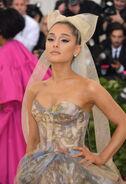 Ariana Grande arriving at the 2018 Met Gala (1)