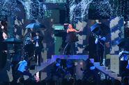Ariana Grande 2018 Billboard Music Awards IhMxYc7yZV5l