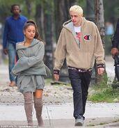 Ariana Grande and Pete Davidson in NY September 17 (1)