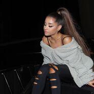 Instagram - Ariana Grande's 2019 posts (31)