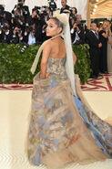 Ariana Grande arriving at the 2018 Met Gala (4)