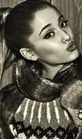 Ariana Grande InStyle(18)
