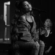 Instagram - Ariana Grande's 2019 posts (27)