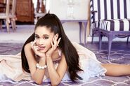 'Ari' by Ariana Grande - Debut Fragrance(8)