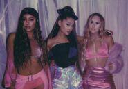 Ariana Grande - 7 Rings - Behind the scenes (5)