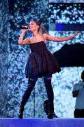 Ariana Grande 2018 Billboard Music Awards eCix RgX2KYl