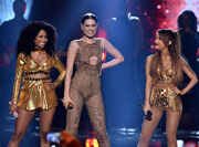Rs 1024x759-141123200627-1024.jessie-j-ariana-nicki-minaj-american-music-awards-2014.jpg