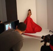 Ariana Grande InStyle (Behind The Scences)(1)