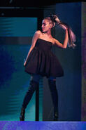 Ariana Grande 2018 Billboard Music Awards kBRbsHLx4mwl