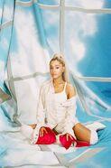 Ariana Grande The FADER photoshoot (15)