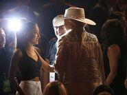 Ariana and Gaga - Audience at 2016 AMAs