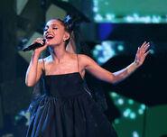 Ariana Grande 2018 Billboard Music Awards lK5j ZpncsJl