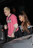 Ariana Grande and Pete Davidson spotted in NY September 20th (2)
