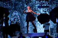Ariana Grande 2018 Billboard Music Awards nolYU1T3KOOl