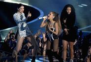 Performance of Bang Bang at MTV VMA 2014 (3)