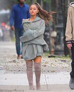 Ariana Grande and Pete Davidson in NY September 17 (5)