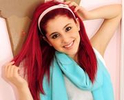 ArianaGrande--BlueScarf.png