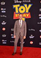 2019 Toy Story 4 Premiere - Tony Hale 01