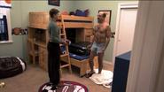 1x07 Never Nude (02)