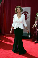 2005 Emmys Jessica Walter-1