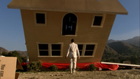 2x02 The One Where They Build a House (111)