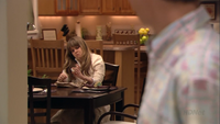 2x02 The One Where They Build a House (018)