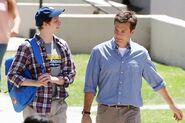 4x01 - Micahel Cera and Jason Bateman 01