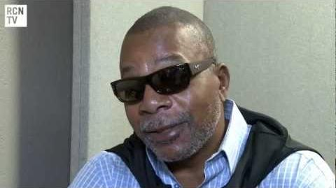 Carl_Weathers_Interview_-_Rocky_Predator_&_Arrested_Development_-_Collectormania_2012