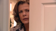 2x03 Lucille (2).png
