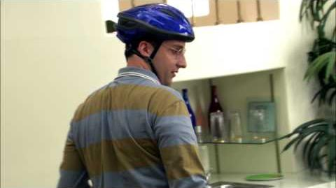 Arrested Development - Behind the Scenes - Tony Hale's Favorite Moments