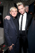 2020 Golden Globe Awards - Portia de Rossi and Ellen DeGeneres 02