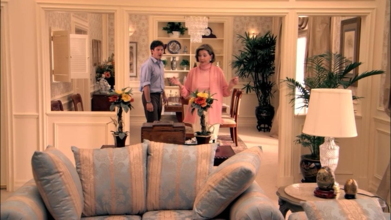 1x02 Top Banana (15).png