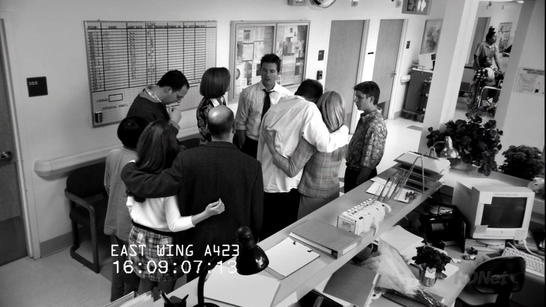 1x22 Let 'Em Eat Cake (90).png