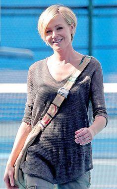 4x08 - Portia de Rossi 01.jpg