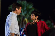 4x01 - Michael Bluth and Lucille Austero 01