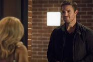 2.Arrow next of kin Oliver et Felicity