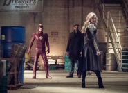 8.The Flash I Know Who You Are Flash, Joe et Killer Frost