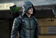 11.Arrow-elseworlds-part2-Barry Allen(Green Arrow)