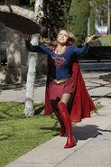 15.supergirl Worlds Finest supergirl