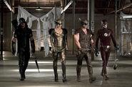 Arrow-crossover-legends-yesterday-prison